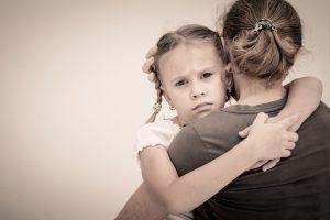 6 Formas de Enseñarles a los Niños que los Sentimientos de Tristeza son Normales